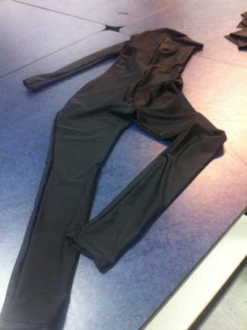 Full-body lycra stretch suit construction