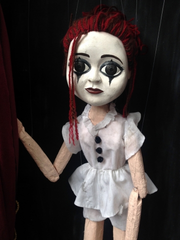 Lulu puppet