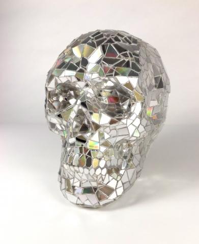 Shattered CD discoball-effect skull